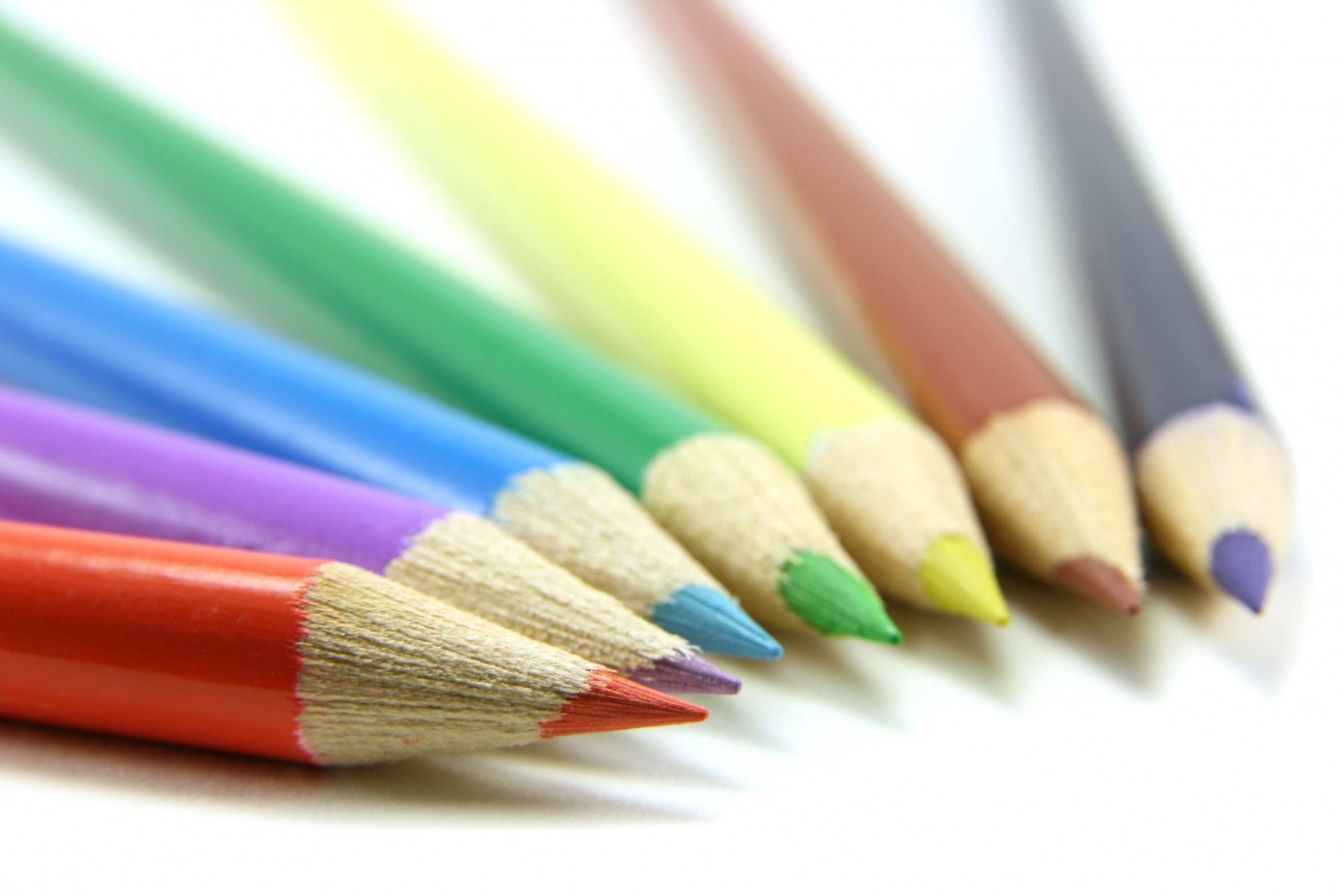 web-site-can-we-help-crayons-image-030307